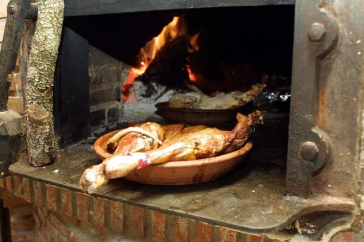Обед в знаменитом ресторане Assador de Aranda